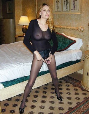 Francelle egyptian escorts Highland
